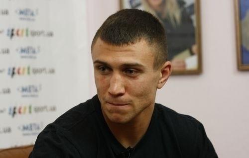 Ломаченко строго нокаутировал Мартинеса