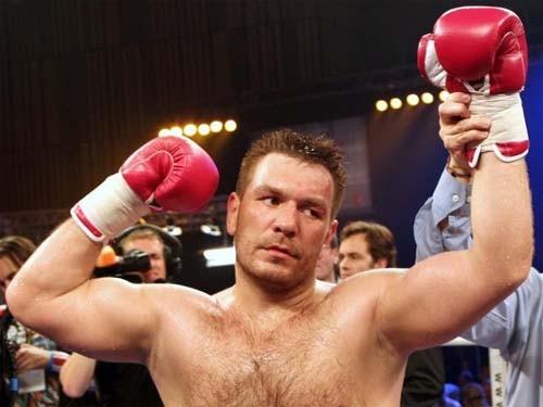 Боксер Чагаев официально покинул большой спорт
