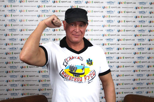 Усик защитил титул чемпиона мира, Гвоздик нокаутировал конкурента