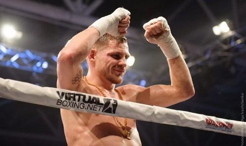 Беринчик победил прежнего чемпиона мира