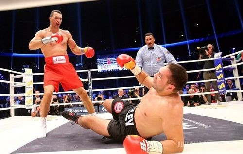 Карма Кличко: чемпионский бой Джошуа— Пулев отменен