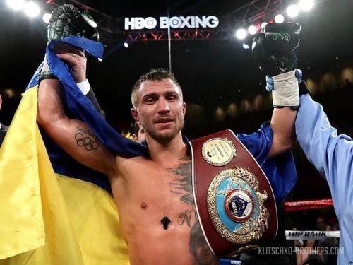 ВАмерике Василия Ломаченко признали лучшим боксером года
